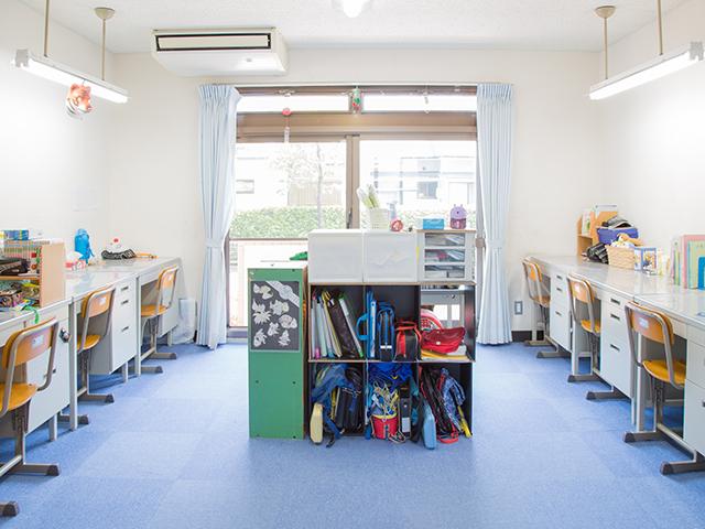 八幡学園の居室(男子教室)です