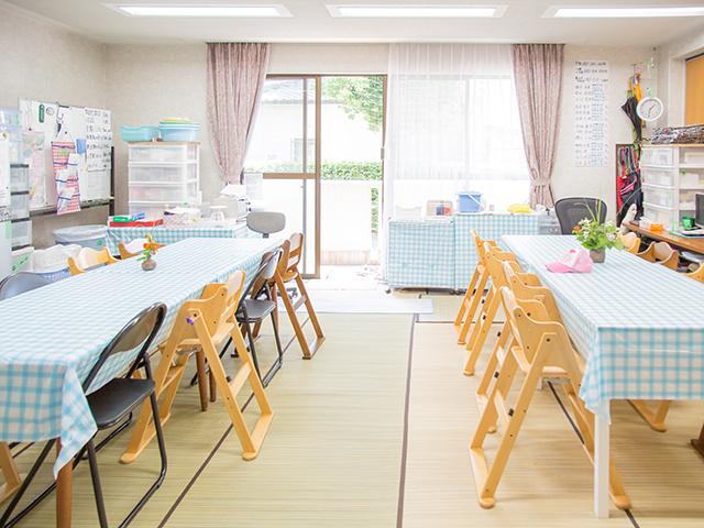 八幡学園の幼児室です