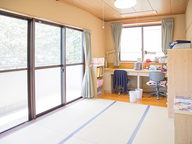 八幡学園の居室(女子教室)です